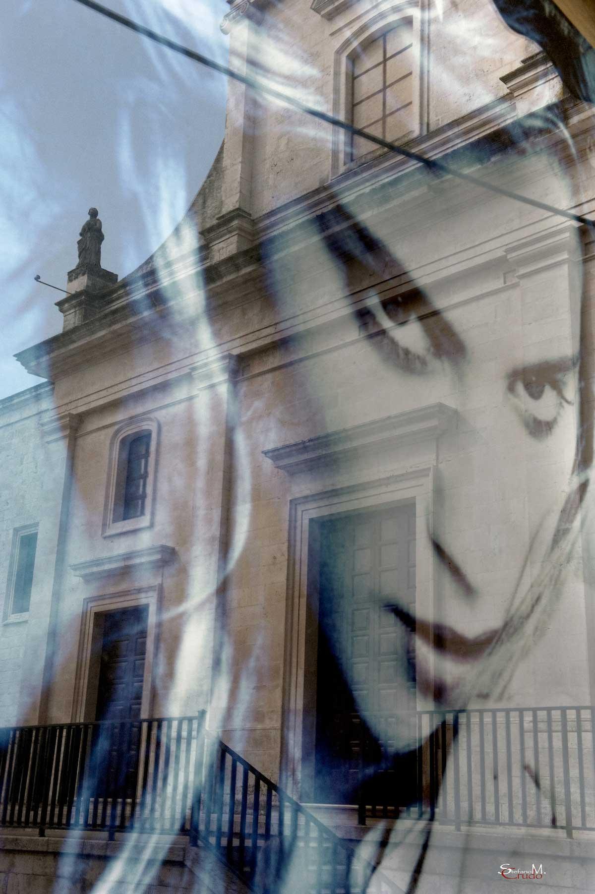 CISTERNINO - La Bella e la Chiesa