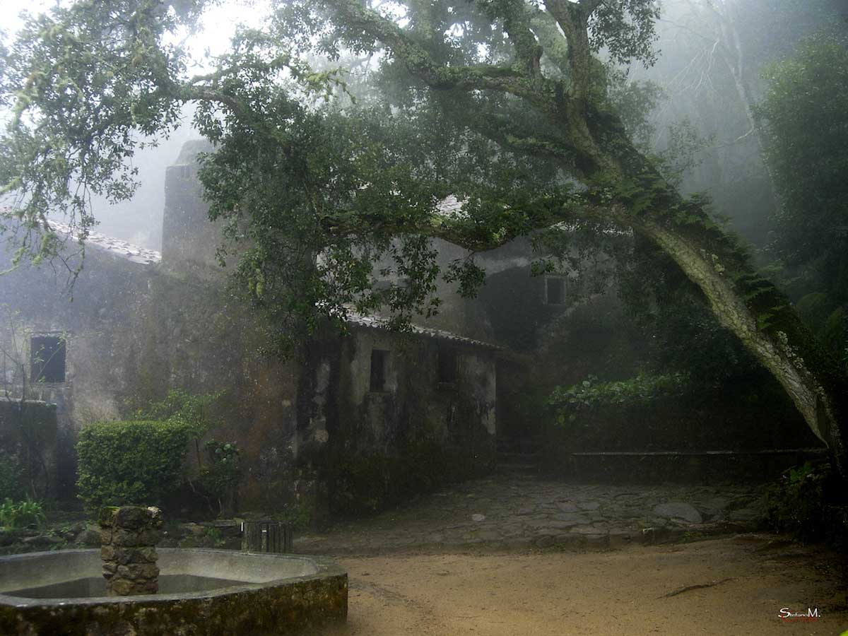 LISBONA - La Serenità di un Antico Monastero