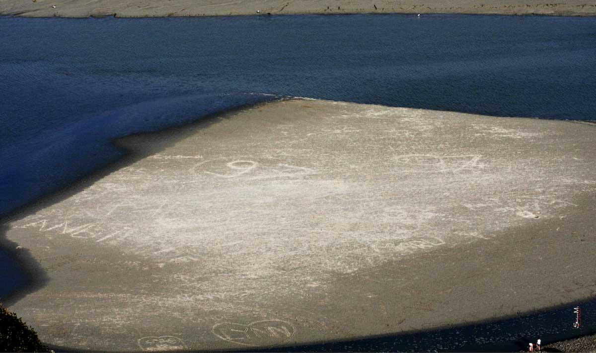 MONT SAINT MICHEL - Scritte sul Fondo del Mare